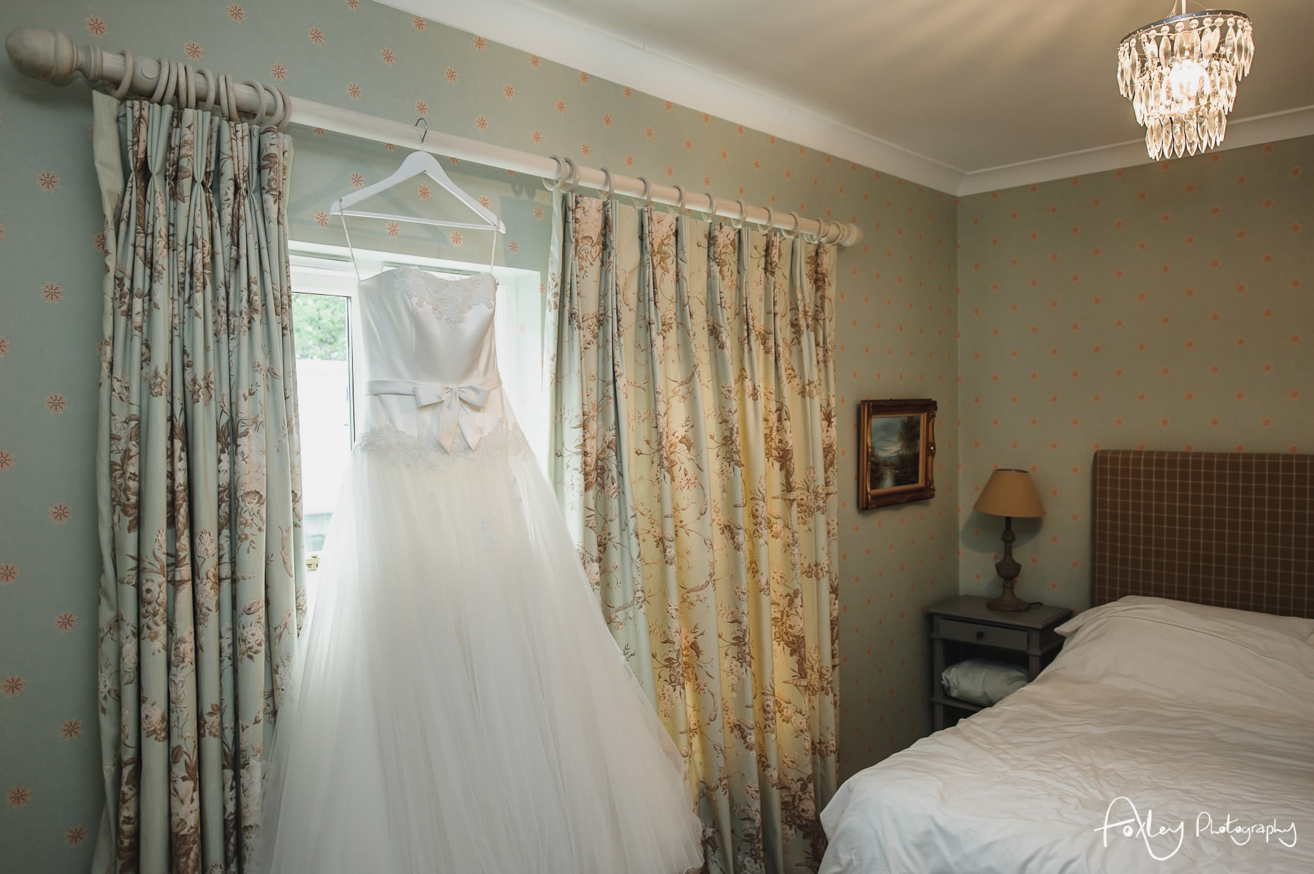Alys-And-Davids-Wedding-Loch-Lomond-012