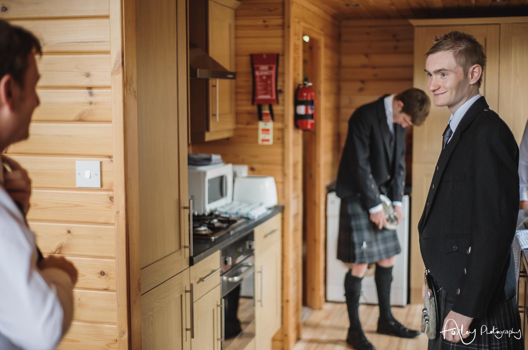 Alys-And-Davids-Wedding-Loch-Lomond-047