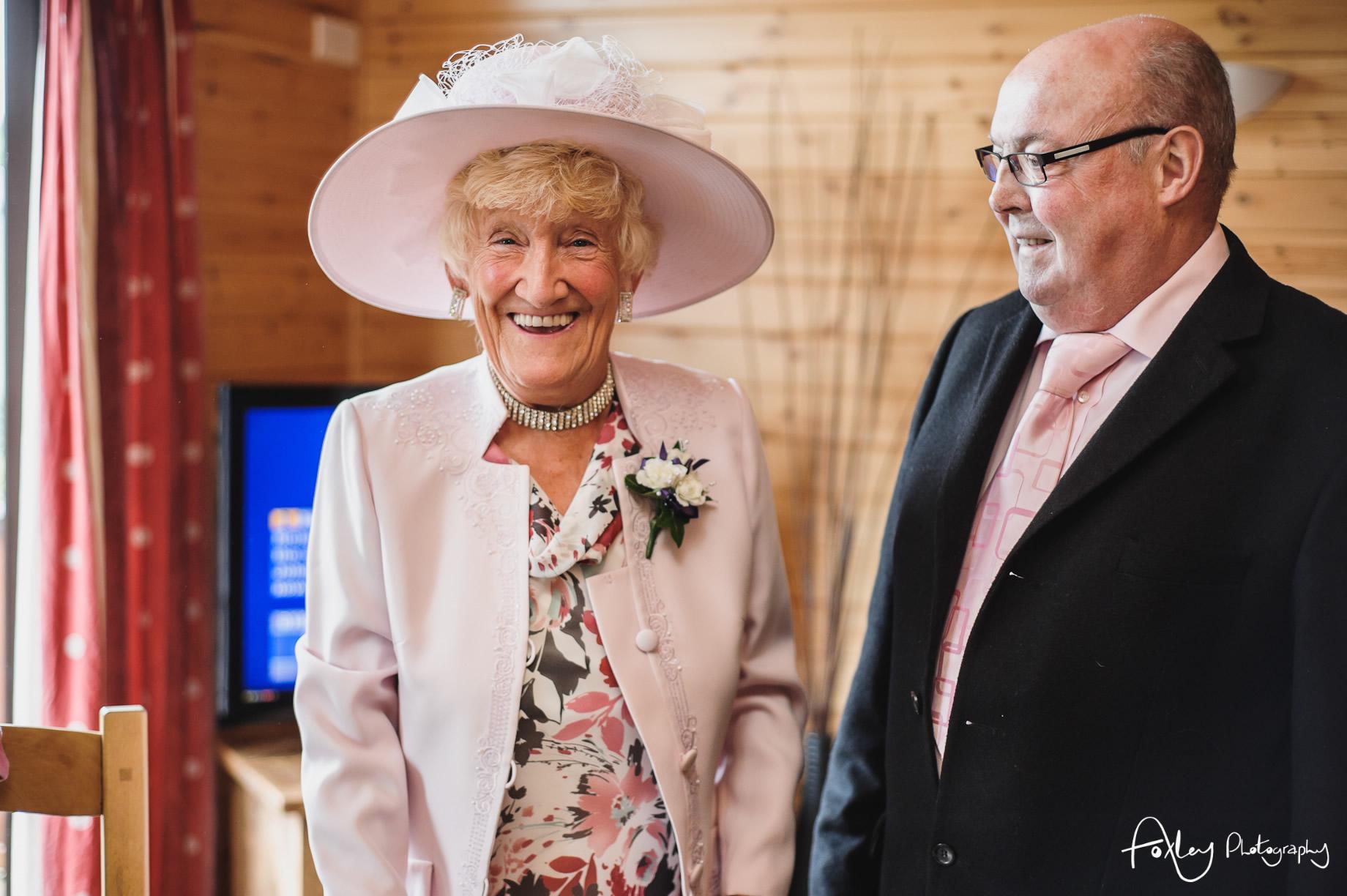 Alys-And-Davids-Wedding-Loch-Lomond-052