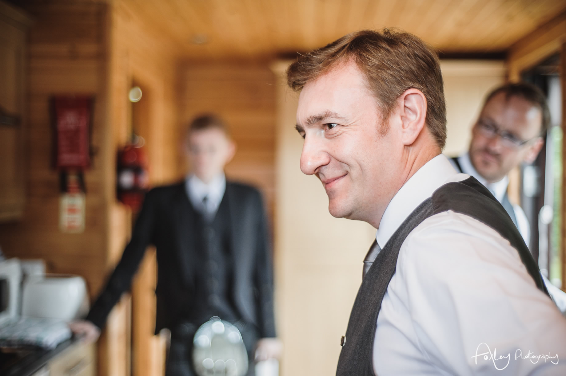 Alys-And-Davids-Wedding-Loch-Lomond-053