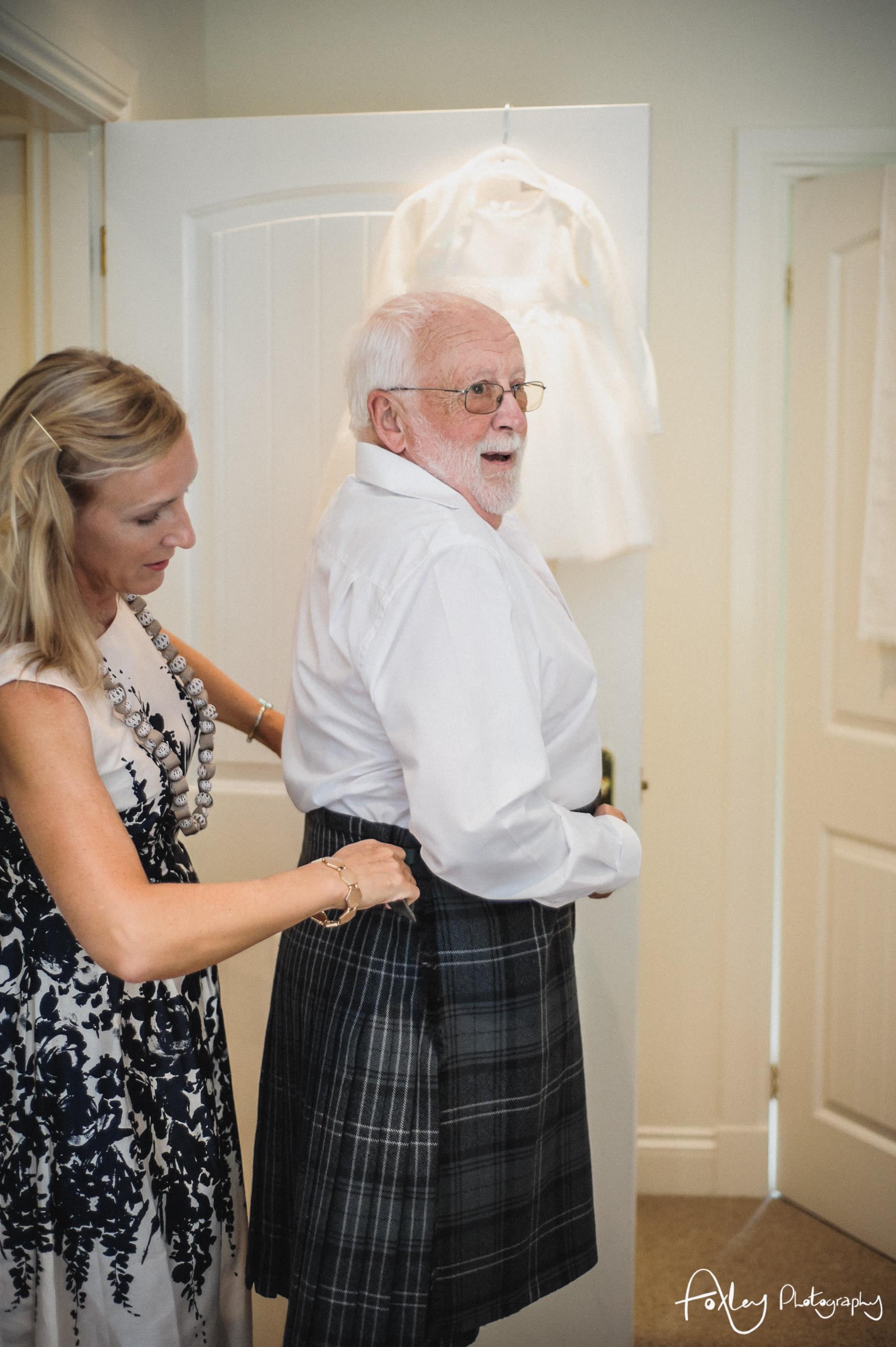 Alys-And-Davids-Wedding-Loch-Lomond-055