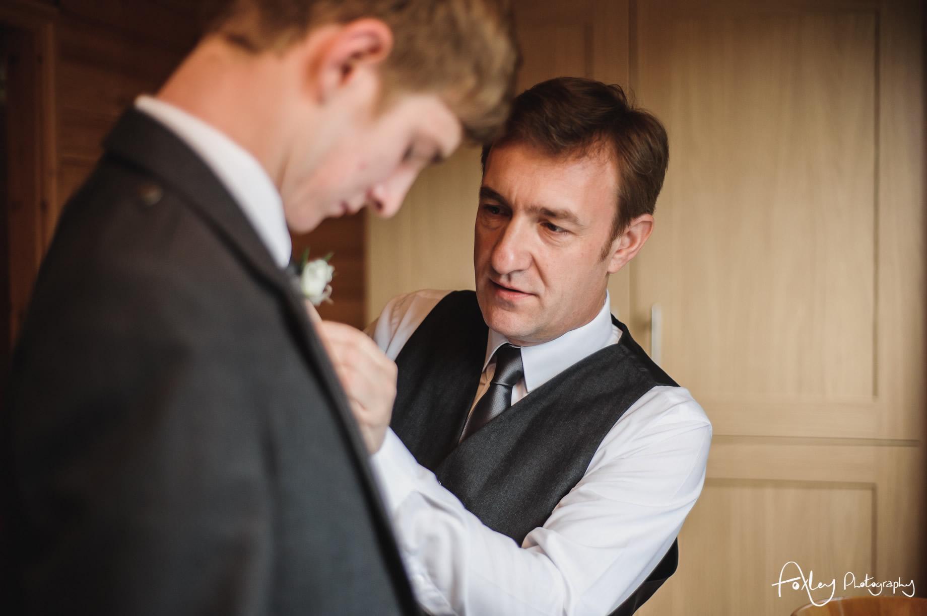 Alys-And-Davids-Wedding-Loch-Lomond-056