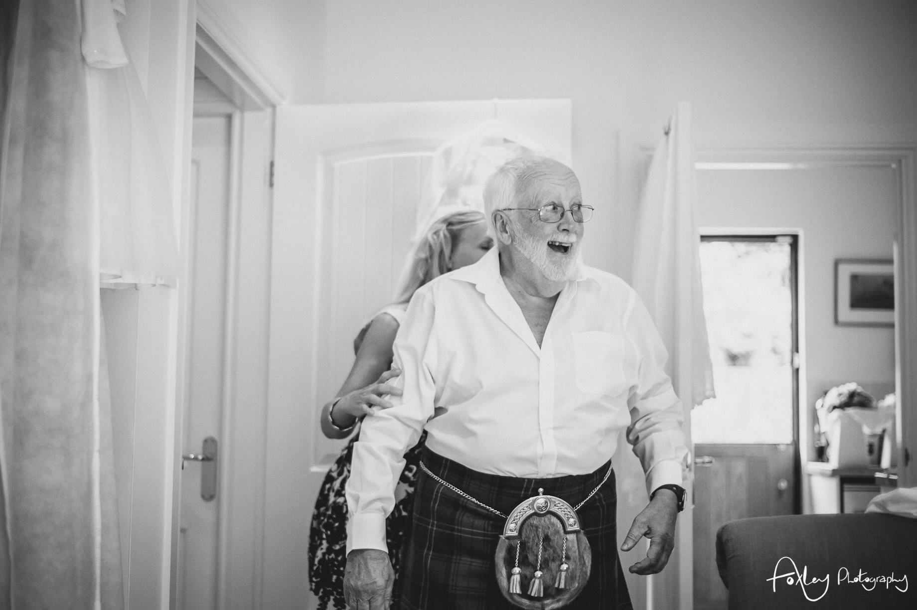 Alys-And-Davids-Wedding-Loch-Lomond-059