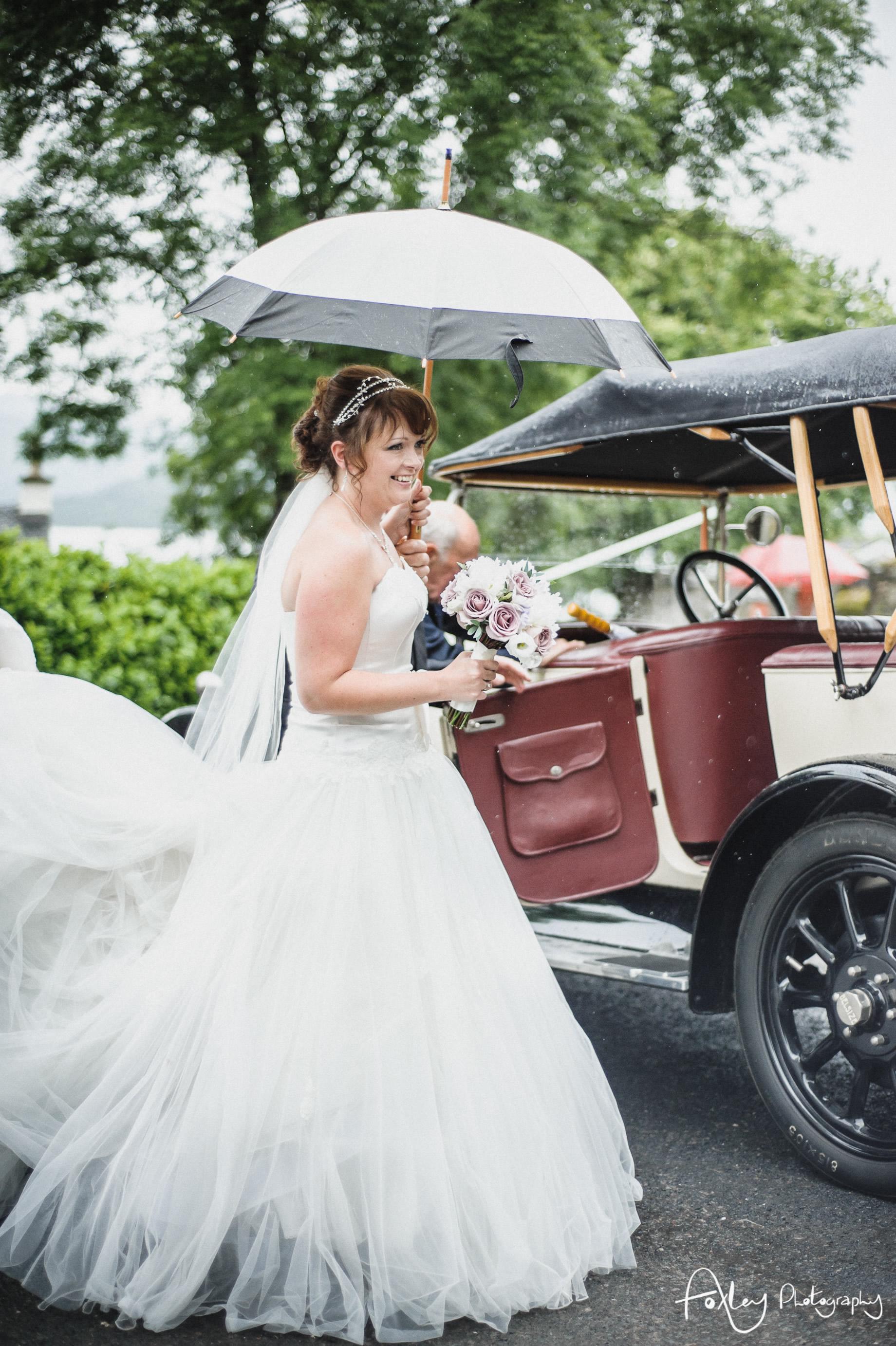 Alys-And-Davids-Wedding-Loch-Lomond-083