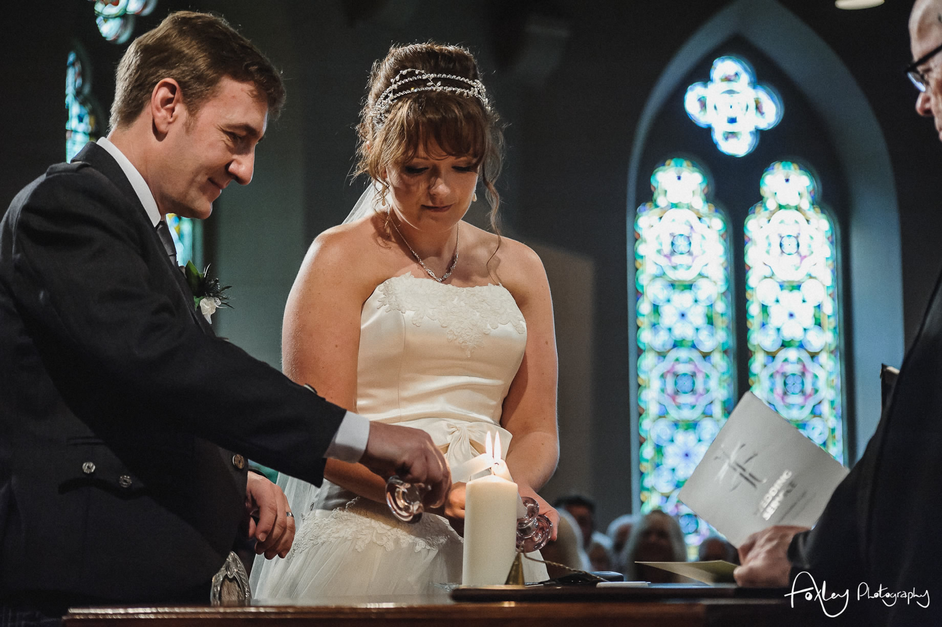 Alys-And-Davids-Wedding-Loch-Lomond-093