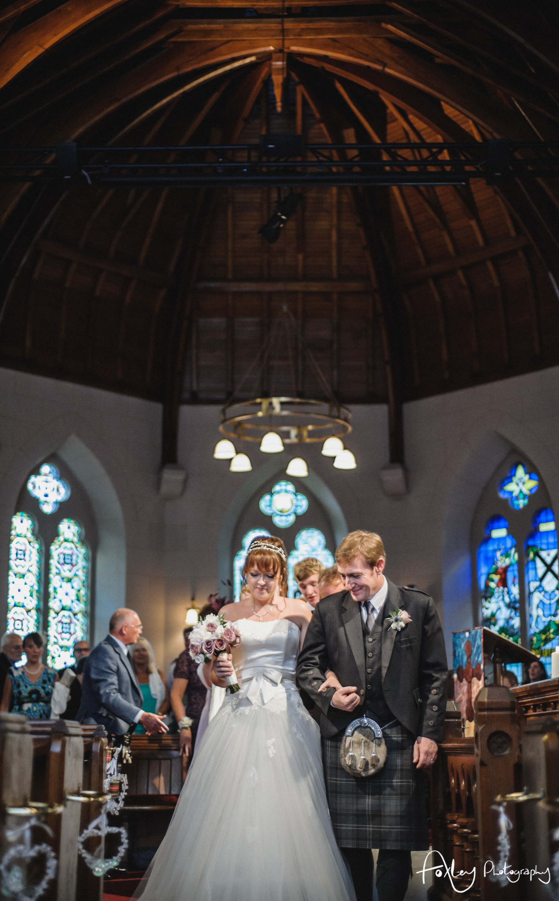 Alys-And-Davids-Wedding-Loch-Lomond-097