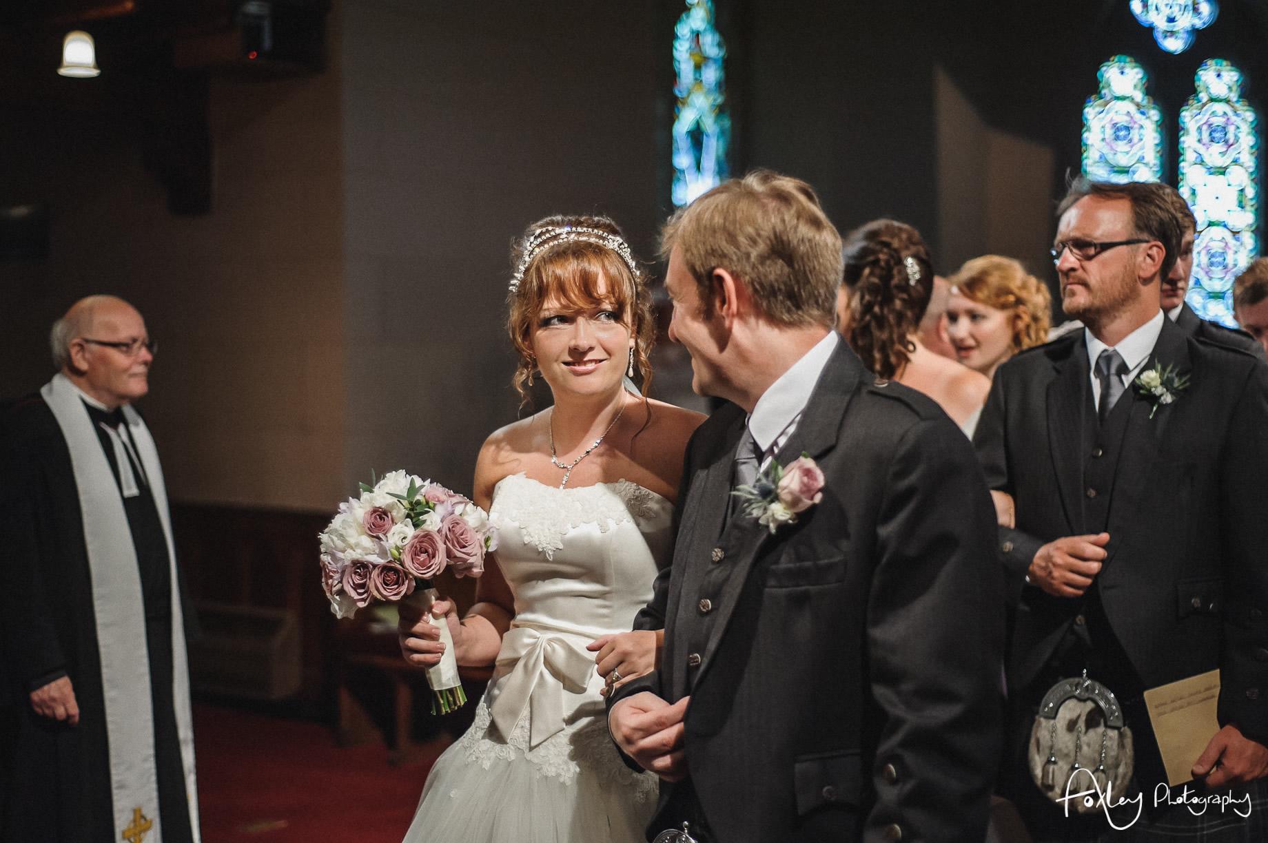 Alys-And-Davids-Wedding-Loch-Lomond-098