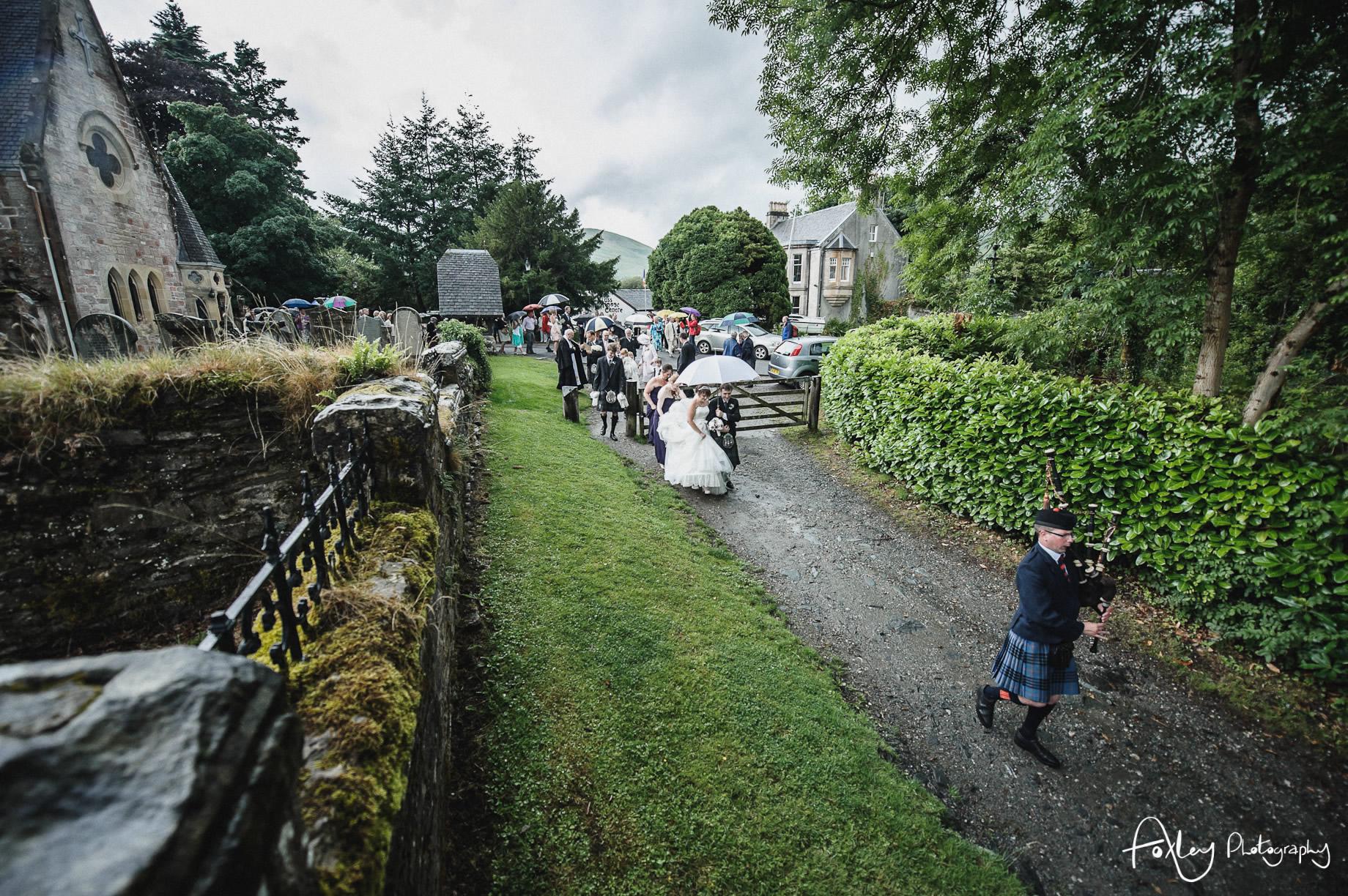 Alys-And-Davids-Wedding-Loch-Lomond-103