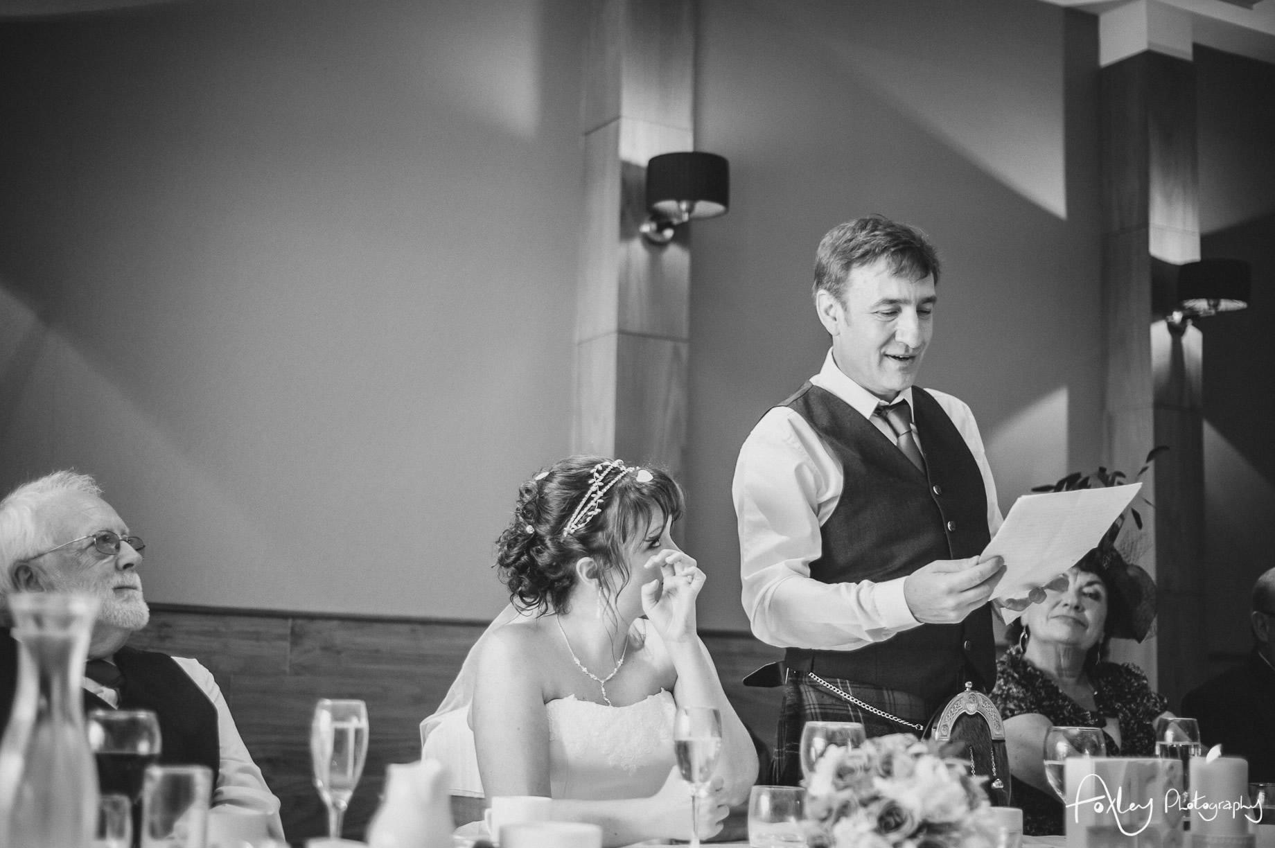 Alys-And-Davids-Wedding-Loch-Lomond-142
