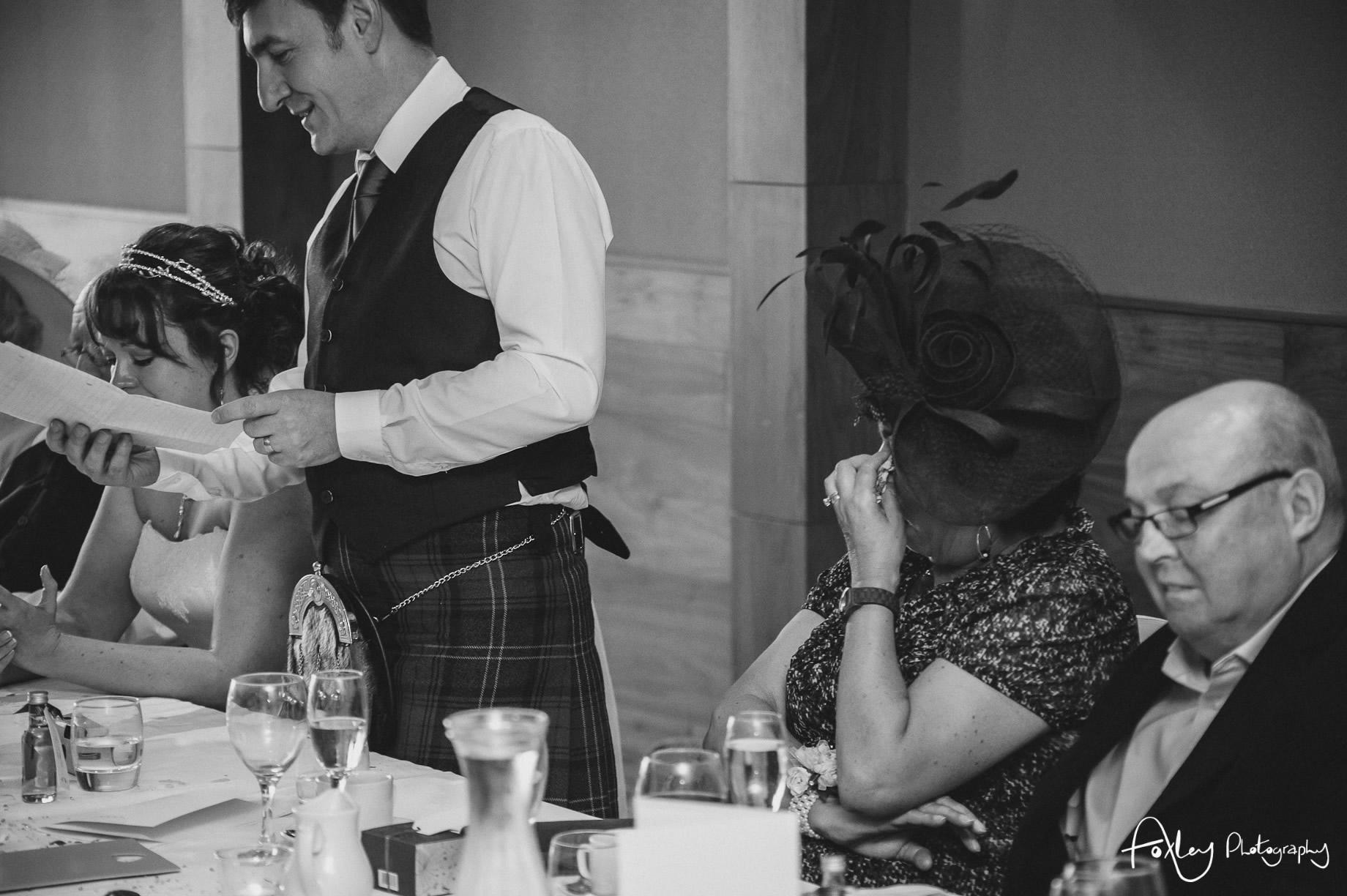 Alys-And-Davids-Wedding-Loch-Lomond-147