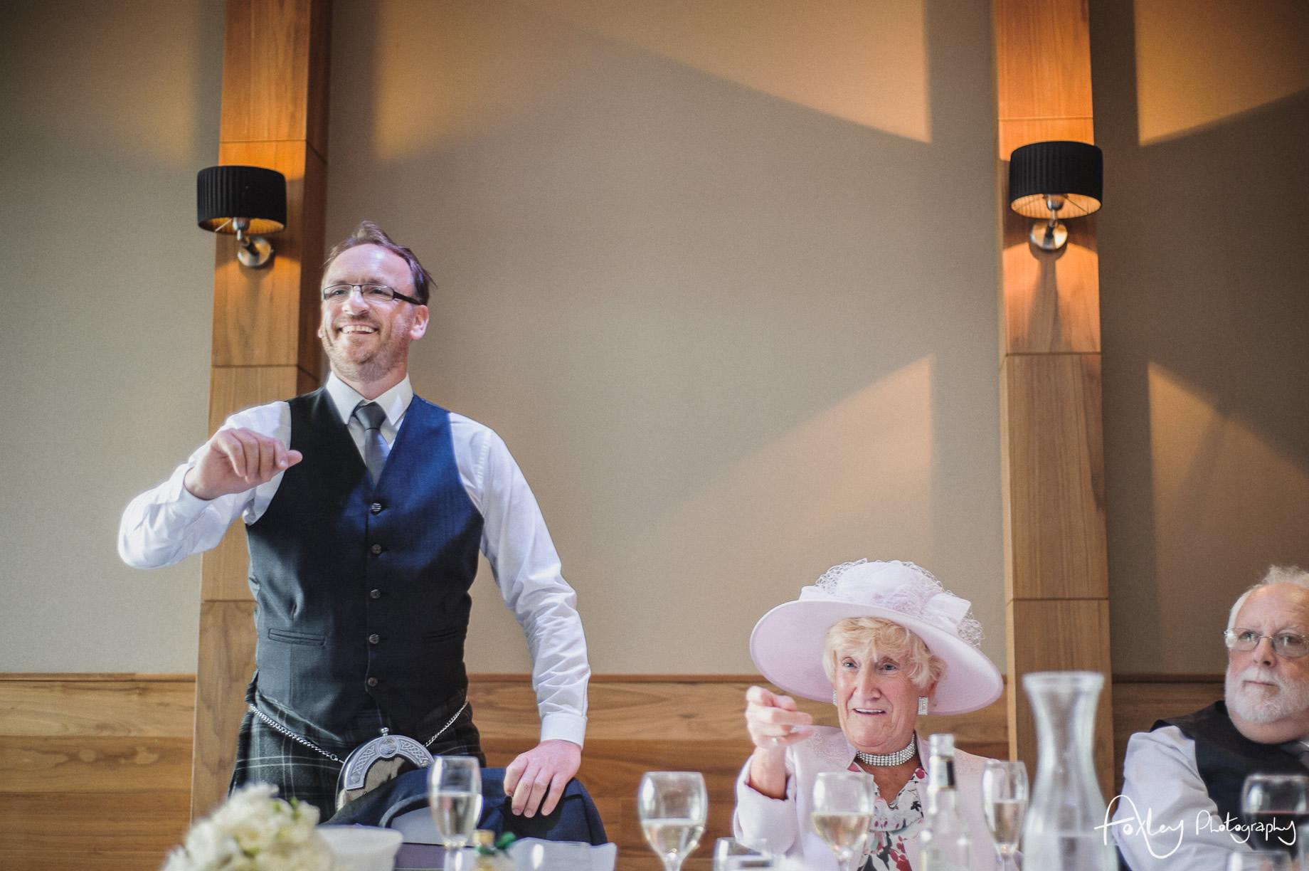 Alys-And-Davids-Wedding-Loch-Lomond-148