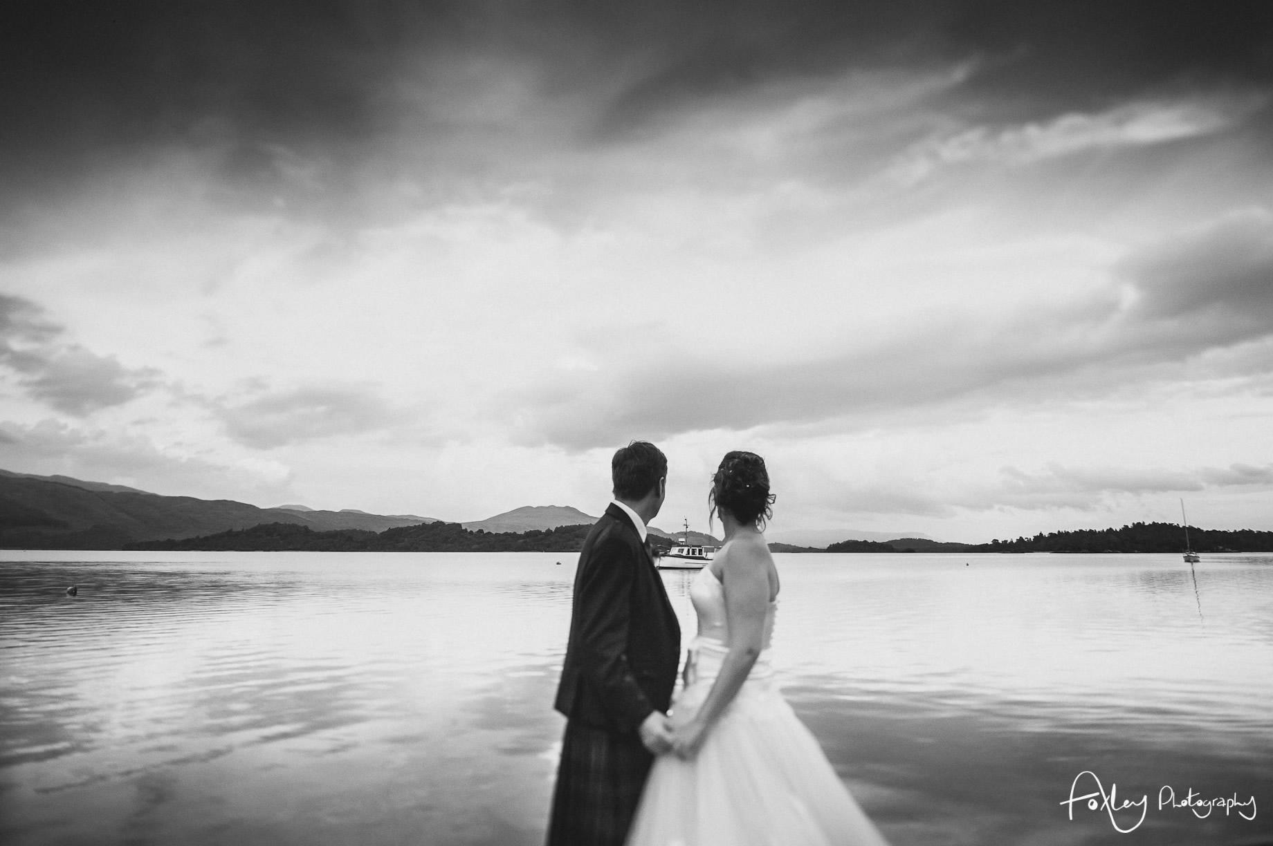 Alys-And-Davids-Wedding-Loch-Lomond-158