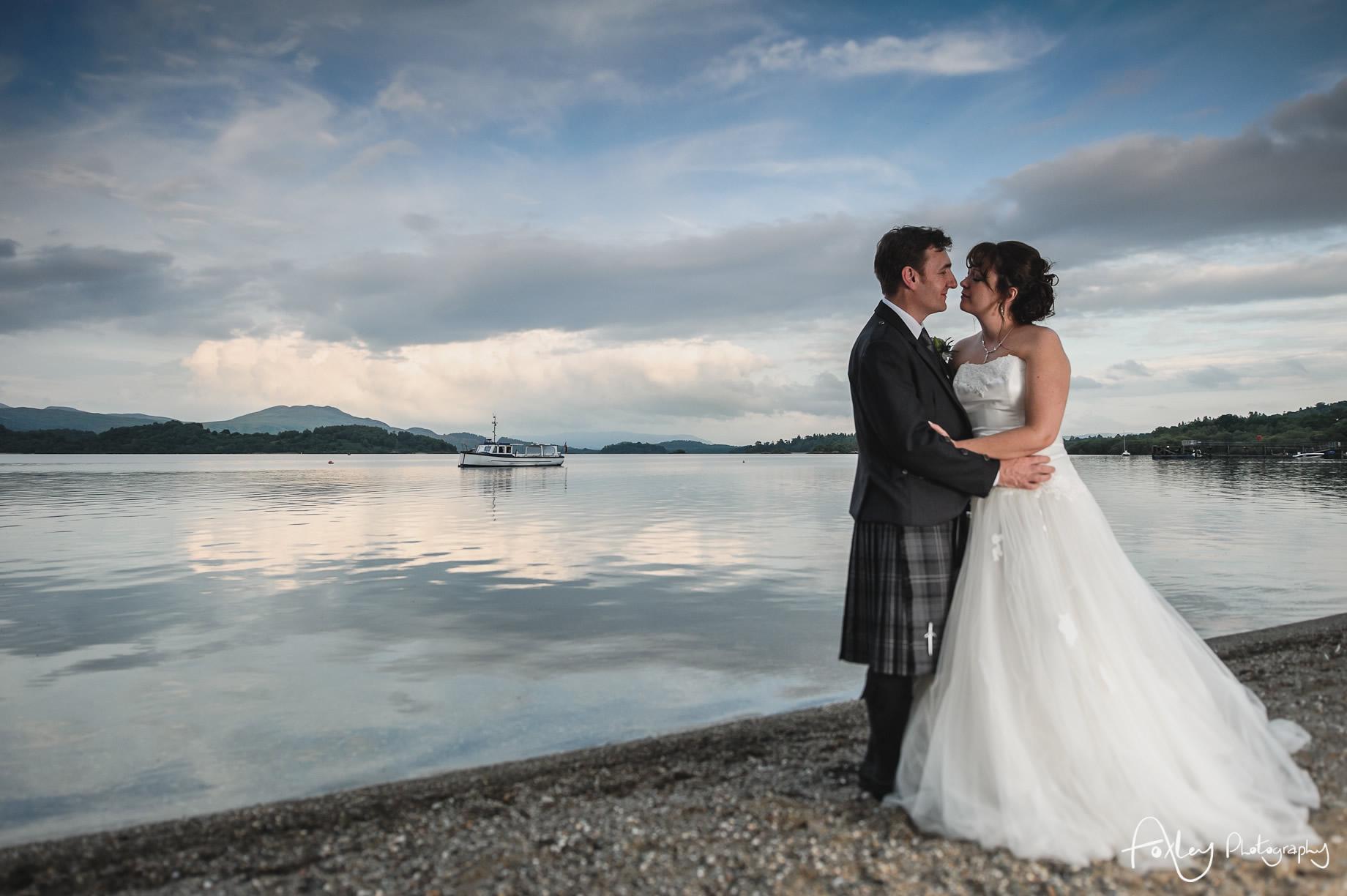 Alys-And-Davids-Wedding-Loch-Lomond-159