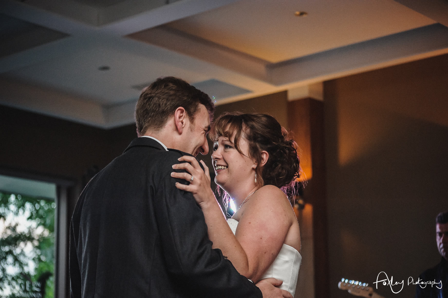Alys-And-Davids-Wedding-Loch-Lomond-164