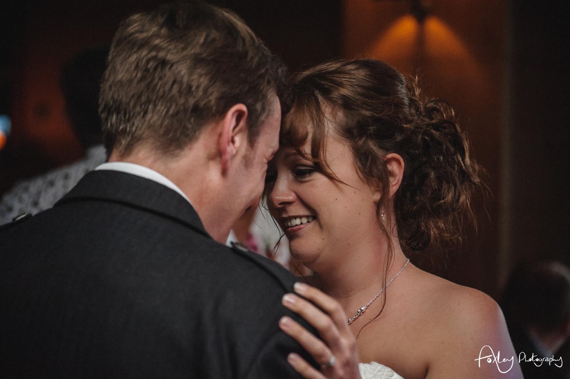 Alys-And-Davids-Wedding-Loch-Lomond-167