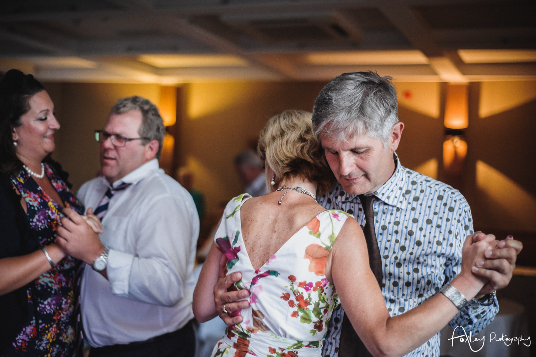 Alys-And-Davids-Wedding-Loch-Lomond-186