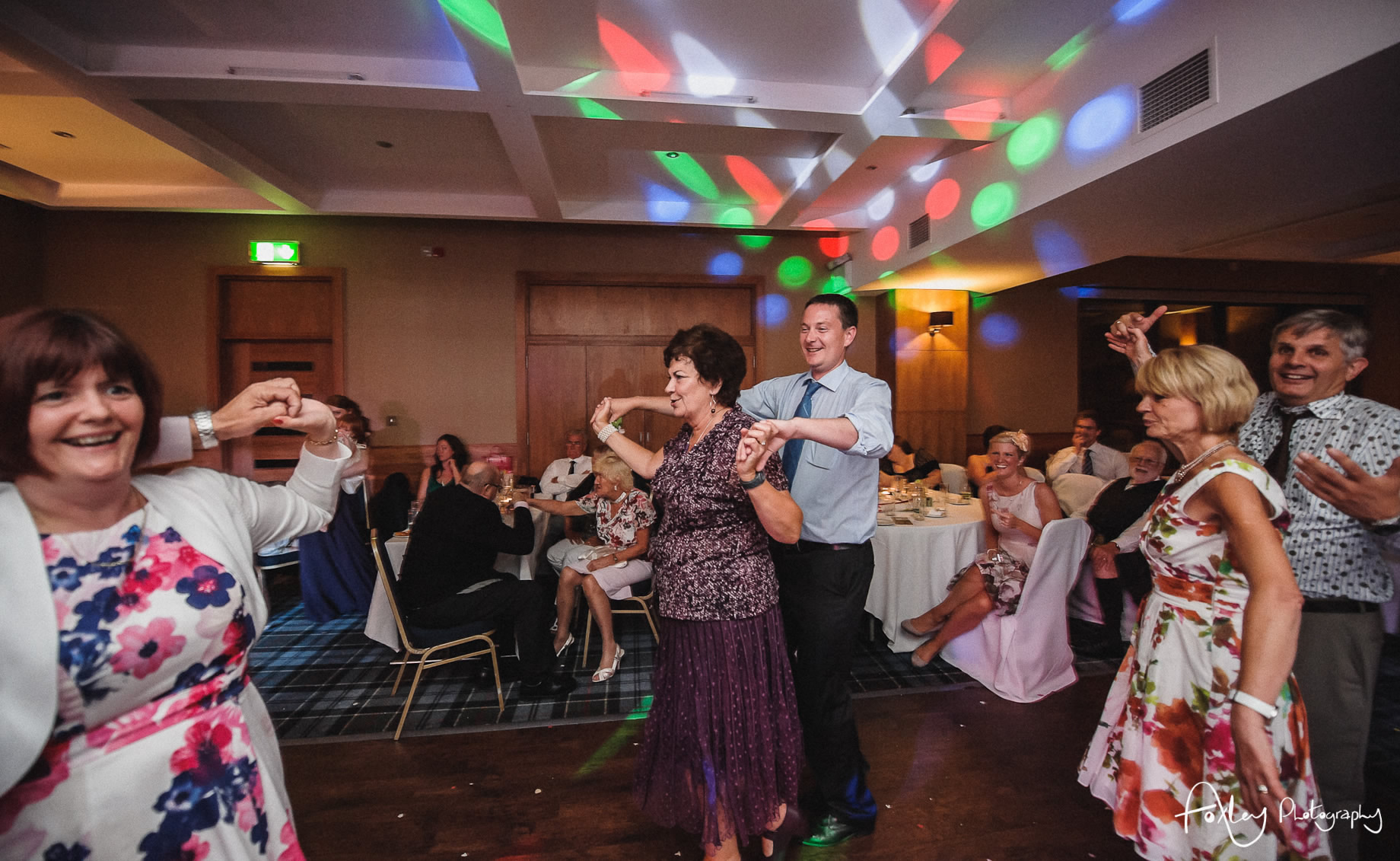 Alys-And-Davids-Wedding-Loch-Lomond-195