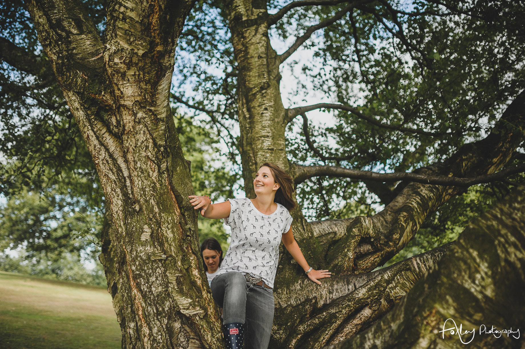 Fran-and-Eli-Pre-Wedding-Shoot-at-Heaton-Park-006