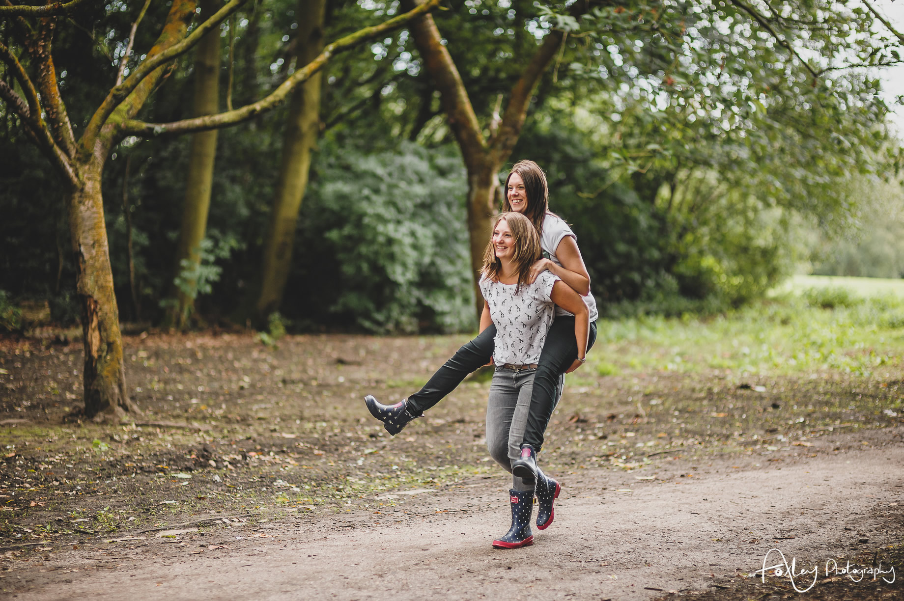 Fran-and-Eli-Pre-Wedding-Shoot-at-Heaton-Park-021